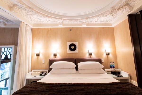 https://suiteness.imgix.net/destinations/new-york/city-club-hotel/suites/grand-duplex-suite-grand-duplex-suite-/bedroom-1.jpg?w=96px&h=64px&crop=edges&auto=compress,format