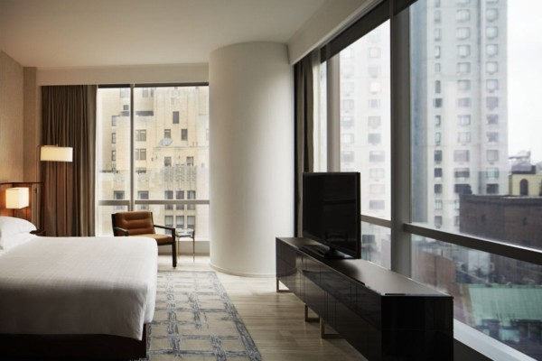 https://suiteness.imgix.net/destinations/new-york/park-hyatt-new-york/suites/west-side-suite-park-deluxe-doubles/west-side-bedroom.jpg?w=96px&h=64px&crop=edges&auto=compress,format
