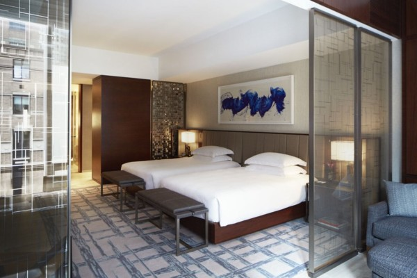 https://suiteness.imgix.net/destinations/new-york/park-hyatt-new-york/suites/west-side-suite-park-studio-suite-doubles/studio-suite-bedroom.jpg?w=96px&h=64px&crop=edges&auto=compress,format