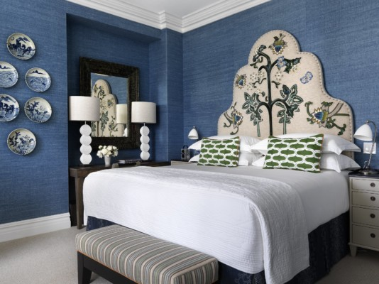 https://suiteness.imgix.net/destinations/new-york/the-whitby-hotel/suites/the-whitby-suite/the-whitby-hotel-the-whitby-suite-bedroom-jpg.jpg?w=96px&h=64px&crop=edges&auto=compress,format