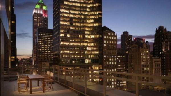 https://suiteness.imgix.net/destinations/new-york/andaz-5th-avenue/suites/one-bedroom-terrace-suite/ny-andaz%205th%20avenue-1%20bedroom%20terrace%20suite-view.png?w=96px&h=64px&crop=edges&auto=compress,format