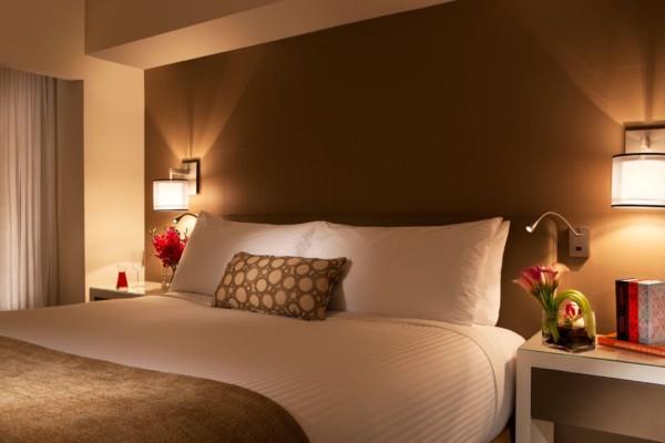 https://suiteness.imgix.net/destinations/new-york/millennium-hilton-new-york-one-un-plaza/suites/1-king-bed-1-queen-bed-2-bedroom-suite/suite-detail.jpeg?w=96px&h=64px&crop=edges&auto=compress,format