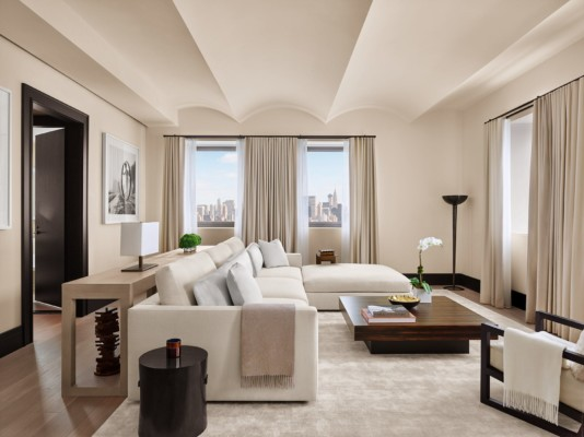 https://suiteness.imgix.net/destinations/new-york/the-new-york-edition/suites/penthouse-suite-king-guestroom/ny-ny%20edition-penthouse%20suite-living%20room.jpg?w=96px&h=64px&crop=edges&auto=compress,format