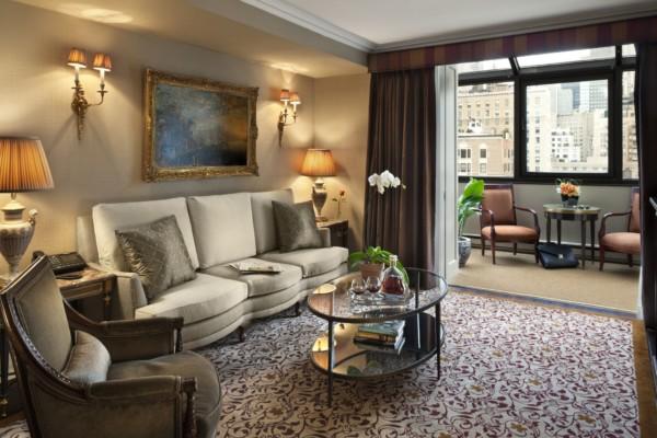 https://suiteness-leonardo.imgix.net/1/0/28/43/380/Premiere_Balcony_Suite_Living_Room_S.jpg?w=96px&h=64px&crop=edges&auto=compress,format
